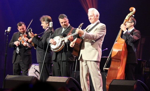 Del McCoury Band A lotta pickin' & grinin'