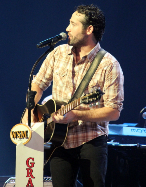 Josh Thompson, he had the younger female attendees screaming.