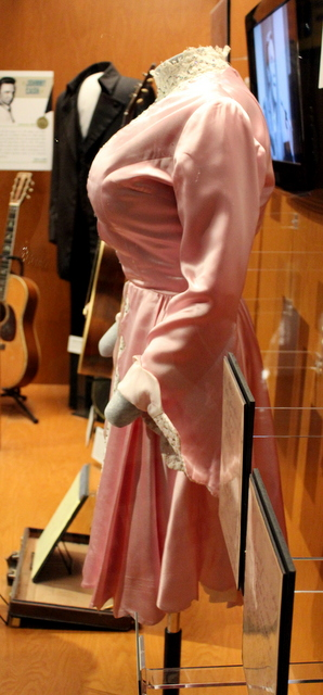 Just from the side profile, can you guess who wore this on stage? That's right! Dolly Parton. What gave it away?